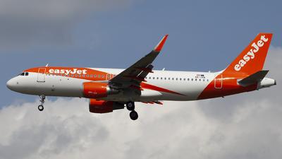 OE-IVN - Airbus A320-214 - easyJet Europe