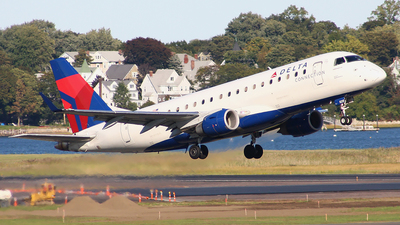 N215JQ - Embraer 170-200LR - Delta Connection (Shuttle America)
