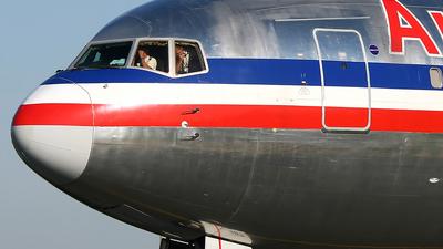 N387AM - Boeing 767-323(ER) - American Airlines