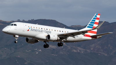 A picture of N222NS - Embraer E175LR - American Airlines - © Ricky Teteris