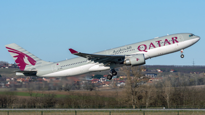 A picture of A7ACL - Airbus A330202 - Qatar Airways - © Debregabor