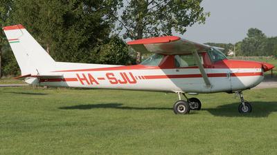 HA-SJU - Cessna 150M - Private