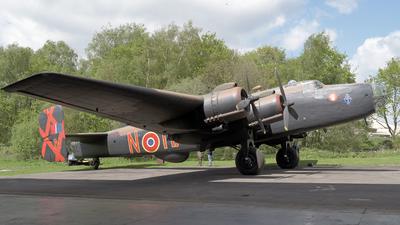 LV907 - Handley Page Halifax Mk.II - United Kingdom - Royal Air Force (RAF)