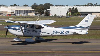 VH-MJB - Cessna 182T Skylane - Private