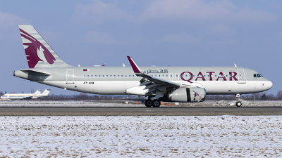 A picture of A7AHW - Airbus A320232 - Qatar Airways - © Loredana Cioclei