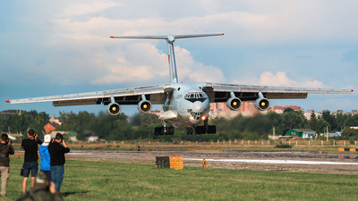 21041 - Ilyushin IL-76MD - China - Air Force