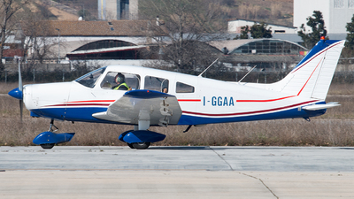I-GGAA - Piper PA-28-151 Cherokee Warrior - Private
