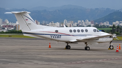 YV3307 - Beechcraft 200 Super King Air - Private