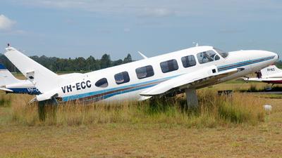 A picture of VHECC - Piper PA31350 - [317952099] - © Gavan Louis
