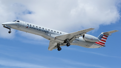 N614AE - Embraer ERJ-145LR - American Eagle (Piedmont Airlines)