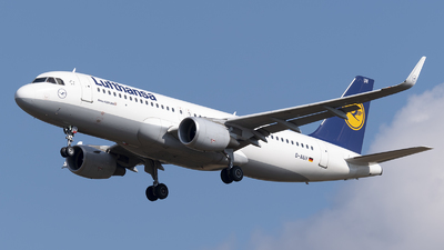 A picture of DAIUV - Airbus A320214 - Lufthansa - © DesertWolf