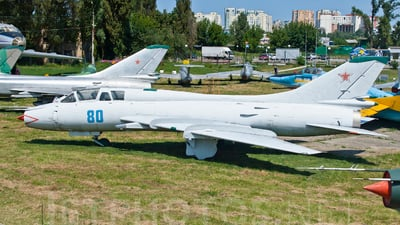 80 - Sukhoi Su-17M-3 Fitter C - Soviet Union - Air Force