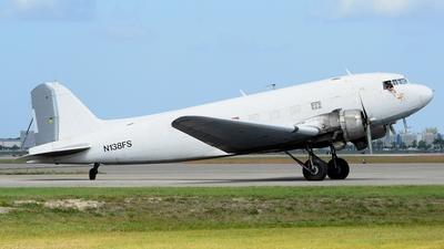 A picture of N138FS - Douglas DC3C - [9967] - © Oscar Elvir Vasquez