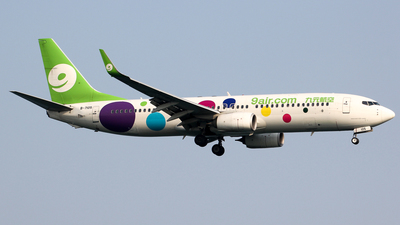 A picture of B7105 - Boeing 73784P - 9 Air - © Wanping Chen