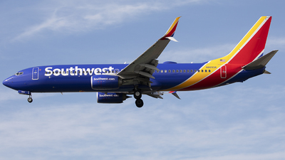 N8693A - Boeing 737-8H4 - Southwest Airlines