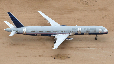 - Boeing 757-222 - United Airlines