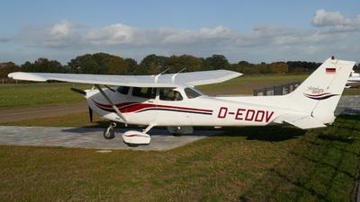 D-EDDV - Cessna 172S Skyhawk SP - Private