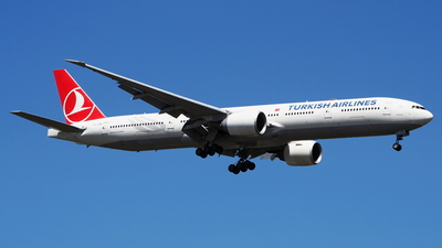 A picture of TCJJM - Boeing 7773F2(ER) - Turkish Airlines - © toeychincha