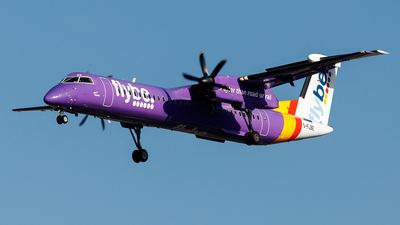 A picture of GFLBE - De Havilland Canada Dash 8400 - Flybe - © Tommy.L