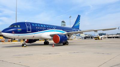 A picture of 4K8888 - Airbus A319115(CJ) - Azerbaijan Airlines - © Chris Jilli