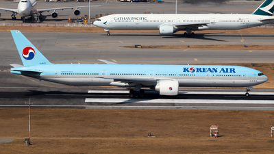 HL8275 - Boeing 777-3B5ER - Korean Air