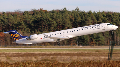 A picture of DACNJ - Mitsubishi CRJ900LR - Lufthansa - © Vince Claus