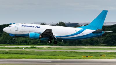 PK-YSN - Boeing 737-322(SF) - Trigana Air Service