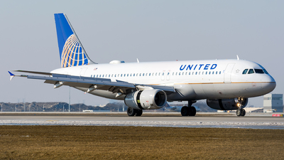 A picture of N401UA - Airbus A320232 - United Airlines - © Kevin Cargo