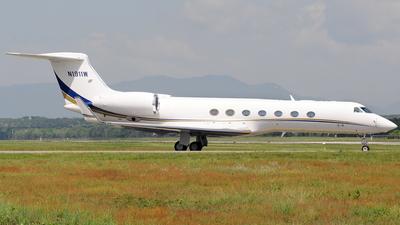 N1911W - Gulfstream G550 - Private