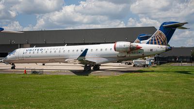A picture of N512MJ - Mitsubishi CRJ701ER - United Airlines - © Daniel Mena