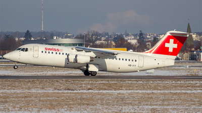 HB-IYT - British Aerospace Avro RJ100 - Swiss