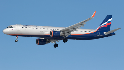 VP-BFK - Airbus A321-232 - Aeroflot