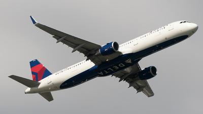 N346DN - Airbus A321-211 - Delta Air Lines
