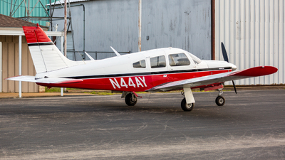 A picture of N44AY - Piper PA28R200 - [28R7535012] - © Jason Reina