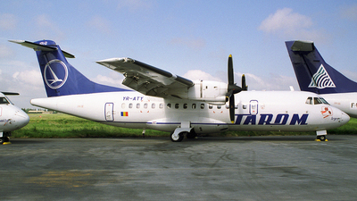 YR-ATY - ATR 42-300 - Tarom - Romanian Air Transport