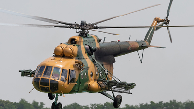 702 - Mil Mi-17 Hip - Hungary - Air Force