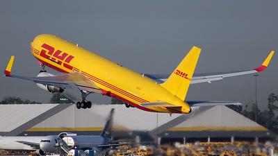 N284DH - Boeing 767-304(ER)(BDSF) - DHL (Kalitta Air)