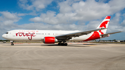 A picture of CGEOU - Boeing 767375(ER) - [30108] - © bill wang