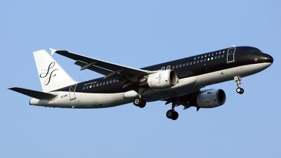 JA04MC - Airbus A320-214 - Starflyer
