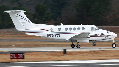 N634TT - Beechcraft 200 Super King Air - Private