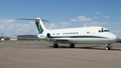 N8860 - McDonnell Douglas DC-9-15 - Private