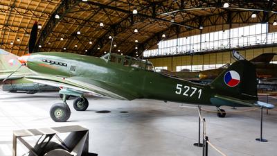 5271 - Avia CB-33 - Czechoslovakia - Air Force