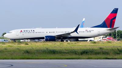 N874DN - Boeing 737-900ER - Delta Air Lines