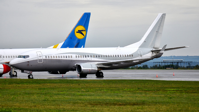 A picture of 9HZAK - Boeing 7373Y0 - MalethAero - © Marcin Glodzik
