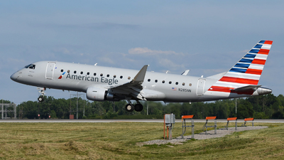 A picture of N285NN - Embraer E175LR - American Airlines - © DJ Reed - OPShots Photo Team