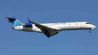 A picture of N505MJ - Mitsubishi CRJ701ER - United Airlines - © Xiamen Air 849 Heavy