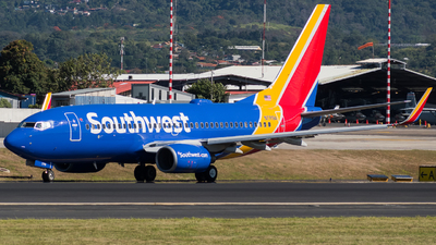 A picture of N7719A - Boeing 73776N - Southwest Airlines - © Alfredo La Red