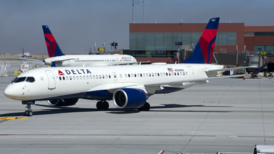 A picture of N306DU - Airbus A220300 - Delta Air Lines - © Michael Rodeback