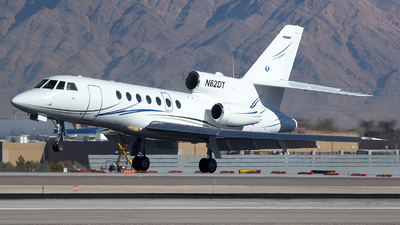 A picture of N62DT - Dassault Falcon 50 - [200] - © TarmacPhotos.com