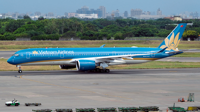 A picture of VNA896 - Airbus A350941 - Vietnam Airlines - © HHD0221